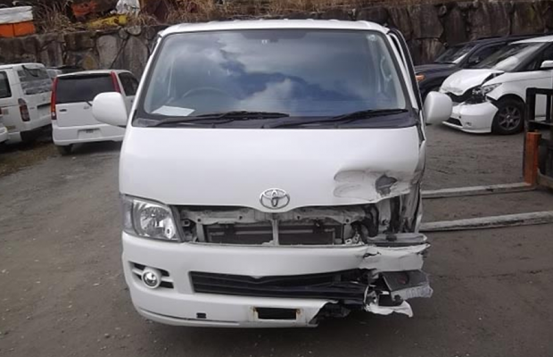 bedrijfsauto met schade